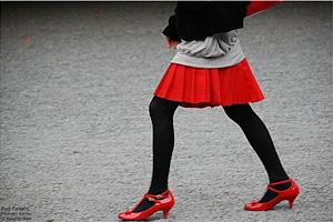 red fanatic por Jesslee Cuizon