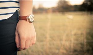 Time. por Nathan O'Nions