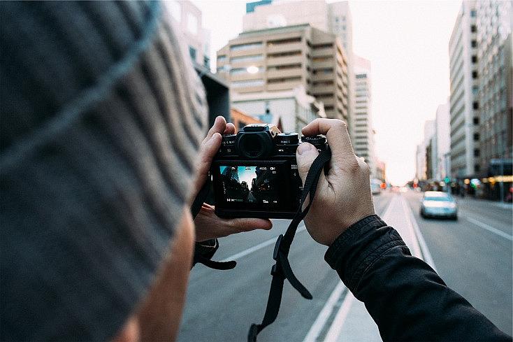 photographer-692035_1280
