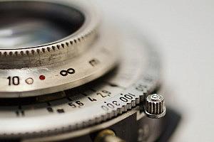 lens-637558_1280