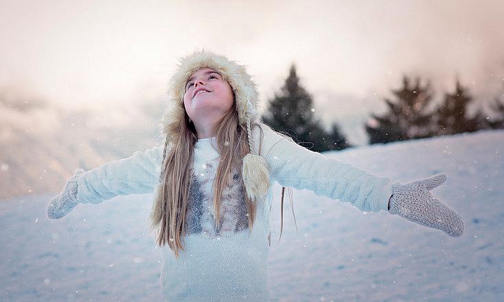 nieve-chica-atardecer