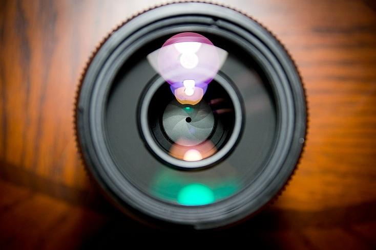 camera-lens-458045_1280