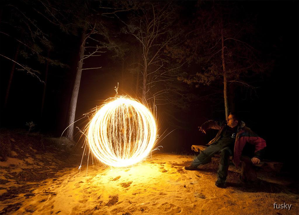 Descubriendo Como dar Coherencia a la Luz en tus Fotos de LightPainting