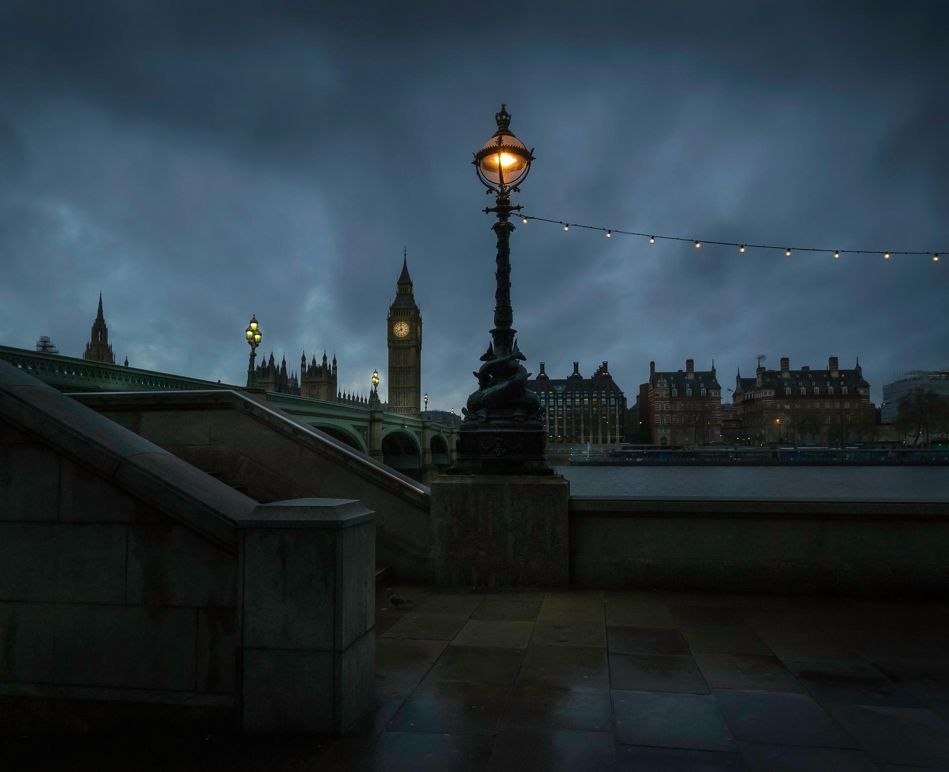 Cómo Mejorar tus Fotos Nocturnas [AHMF31 día30]
