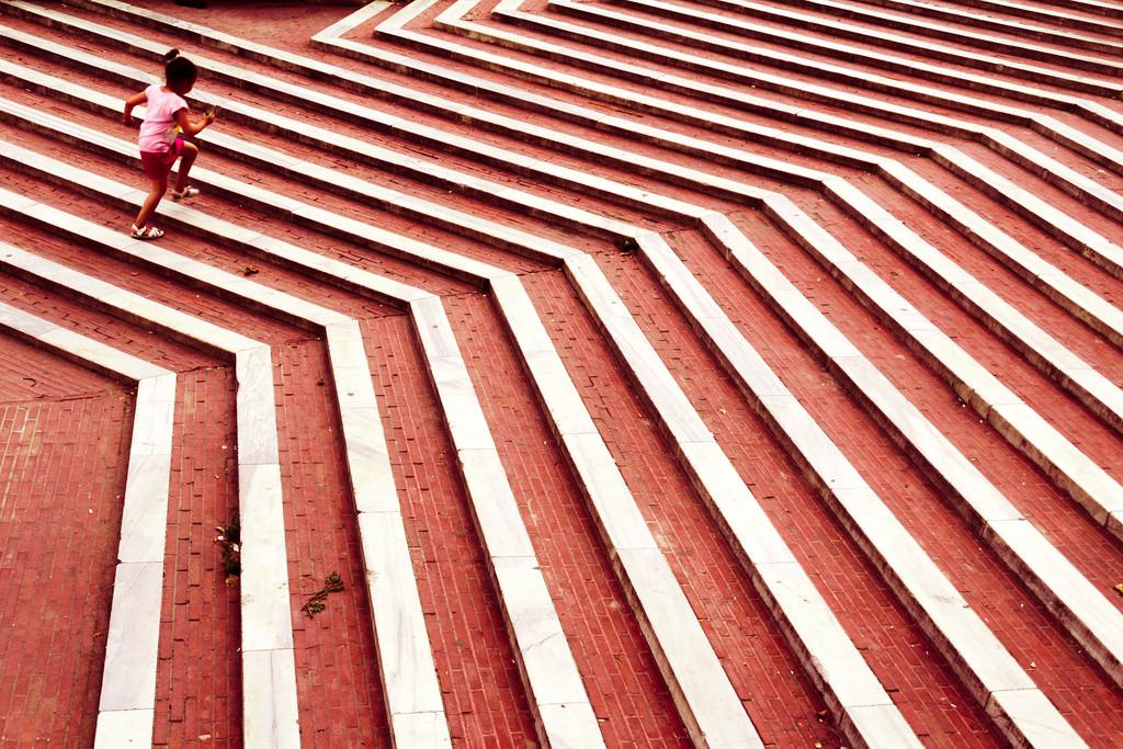 El Significado de Líneas Diagonales y Curvas en el Lenguaje Visual