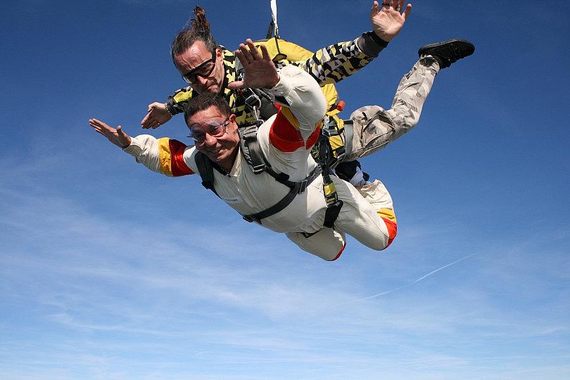 skydiving-721298_1280