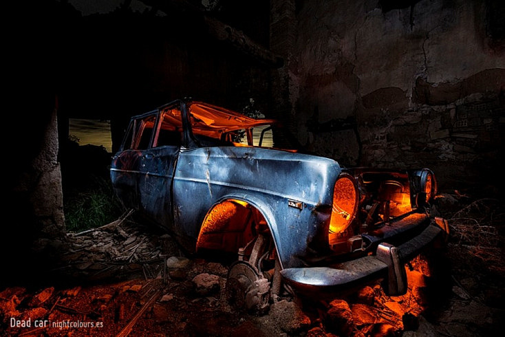 Fotografía Nocturna de larga Exposición: Photoinside: Dead Car
