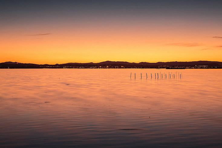 Pasados unos minutos de la puesta de sol, empiezan a aparecer una serie de tonalidades diferentes.