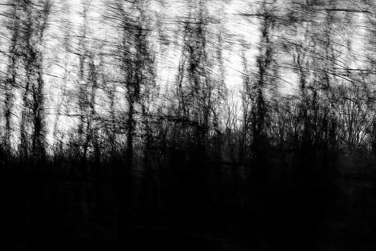 Dark moment on the road por Enki22 (licencia CC)