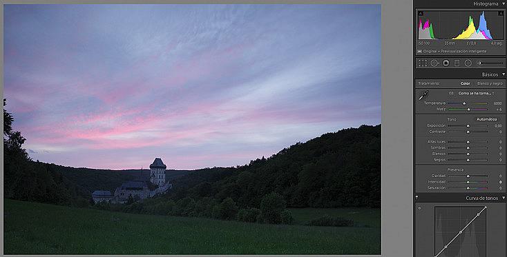 La fotografía directa de cámara ha conseguido mantener el color del cielo, pero el resto está demasiado oscuro.