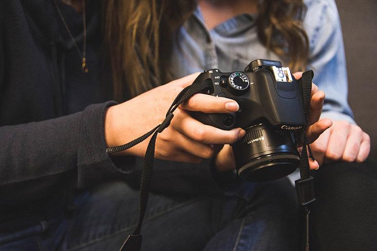 """4 Consejos Para Dominar El """"Chimping"""": La Revisión De Las Fotografías En La Pantalla De Tu Cámara"""